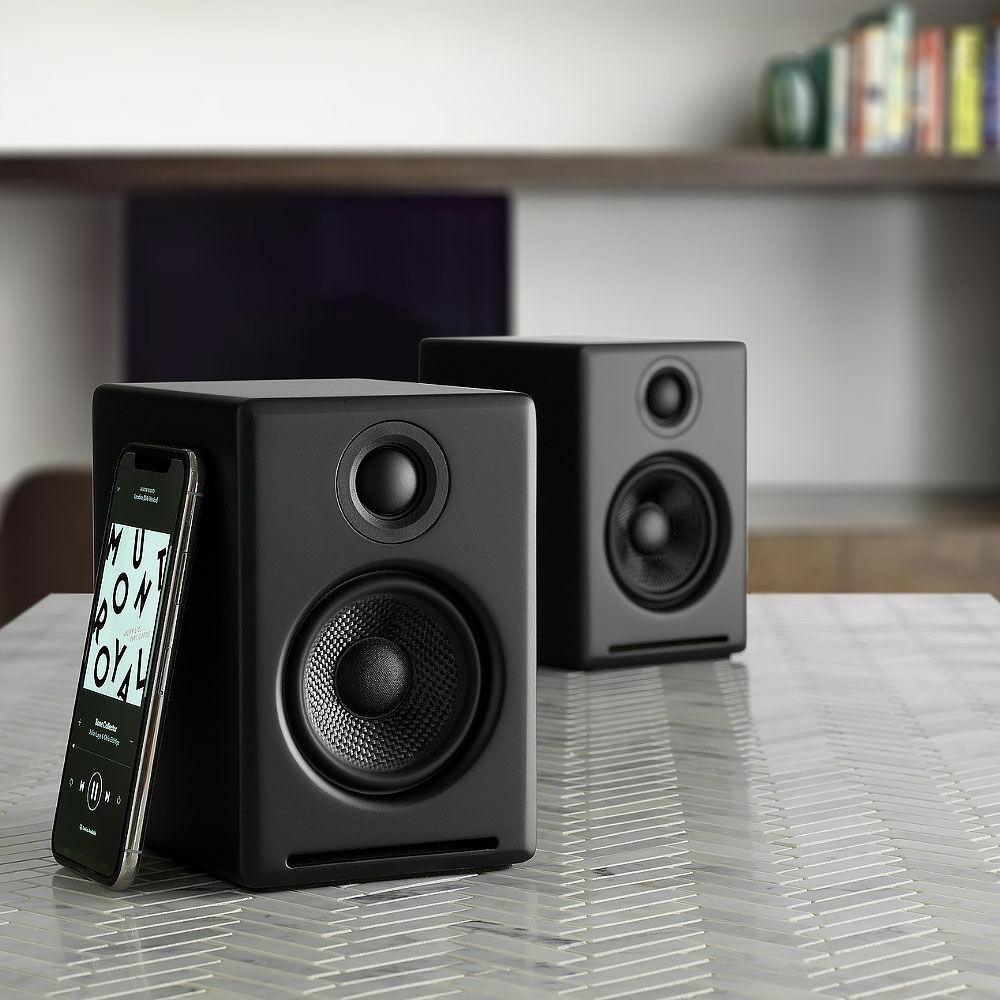 AudioEngine A2+ små trådlösa högtalare med stort ljud